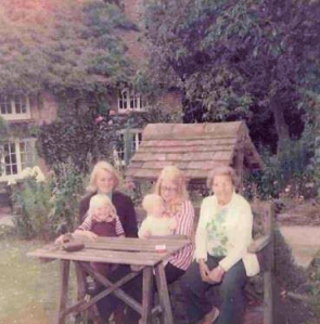 Me, Sis, Mum, Grandma and Great Grandma