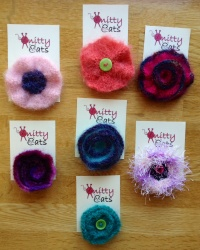Knitted brooches